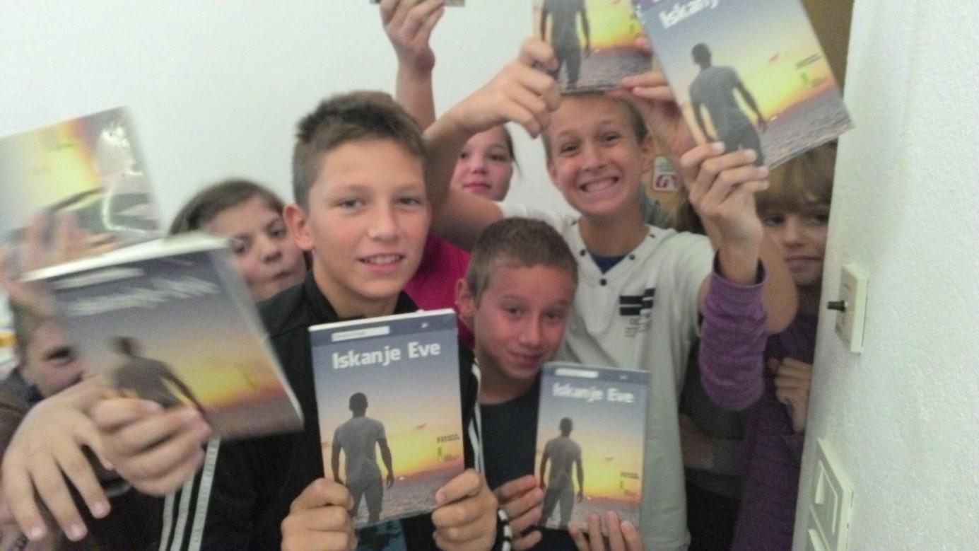Projekt Rastem s knjigo za sedmošolce OŠ Otočec