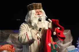 Dedek Mraz je obiskal otroke